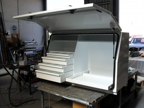 Ausbox custom toolbox