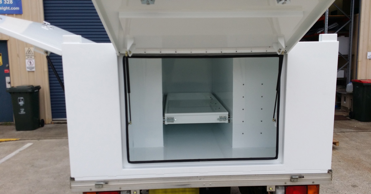 Strong and reliable square ute canopy for electricians